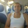 iurii, 46, г.Модена