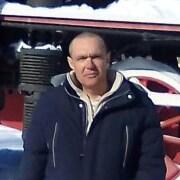 Василий, 46, г.Ясный