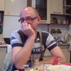 Олег, 43, г.Городок