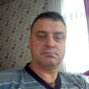 виктор, 45, г.Климовск