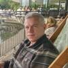 Stefan, 51, London
