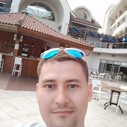Артём, 26, г.Ижевск