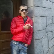 Roman, 23, г.Милан