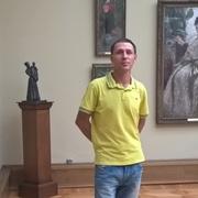 Serj 40 лет (Скорпион) хочет познакомиться в Париже