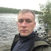 Юрий, 37, г.Апатиты