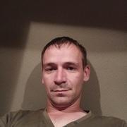 Олег, 36, г.Тихвин
