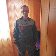 Павел, 27, г.Арсеньев